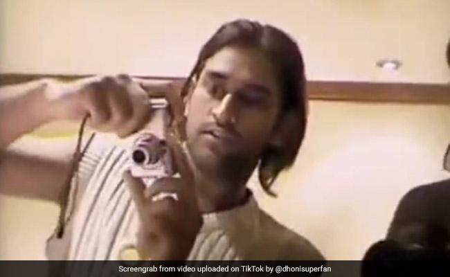 एमएस धोनी ने 12 साल पहले ऐसे मनाया था सचिन का बर्थडे, ड्रेसिंग रूम का पुराना Video हुआ वायरल