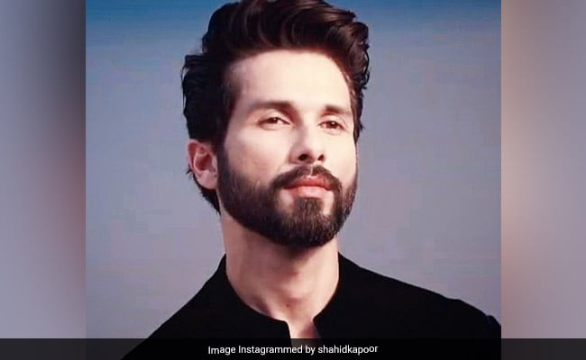 Shahid Kapoor Is Helping Fund 40 Background Dancers: Report