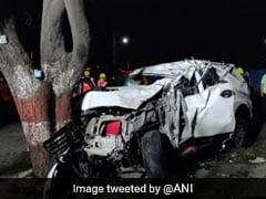 1 Dead, 3 Injured As Car Rams Tree In Maharashtra's Thane
