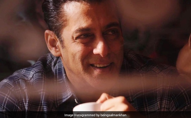 'Stand With Sushant Singh Rajput's Fans': Salman Khan Requests His Fans On Twitter