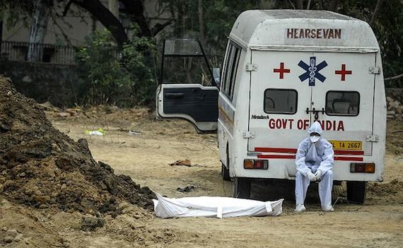 'No Beds,' Say Top Hospitals But Delhi COVID App Shows Many Vacant