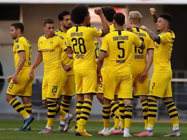 Jadon Sancho Hits Hat-Trick As Borussia Dortmund Thrash Paderborn 6-1