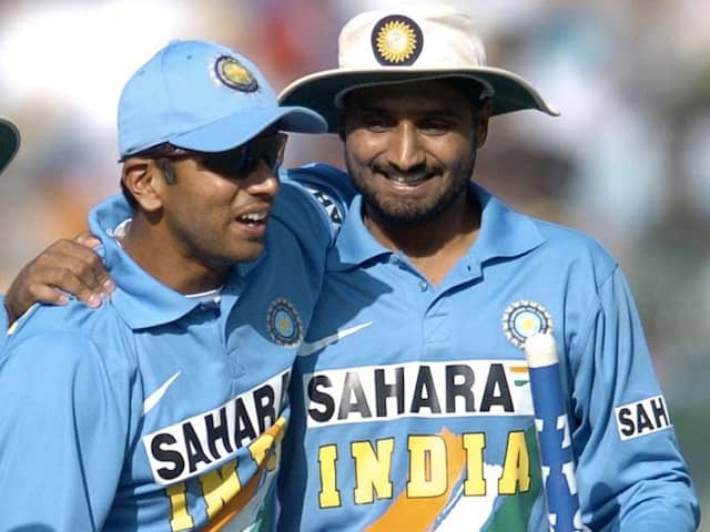 Watch: Harbhajan Singh Shares Video Of Rahul Dravids Classic Catches