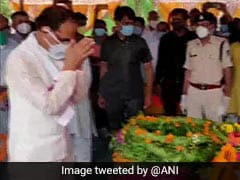 Body Of Soldier Killed In Ladakh Clash Reaches His Village Madhya Pradesh
