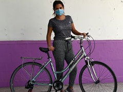 """""""Recycles"""" Help Shield Mexico Health Workers From COVID-19 Stigma"""