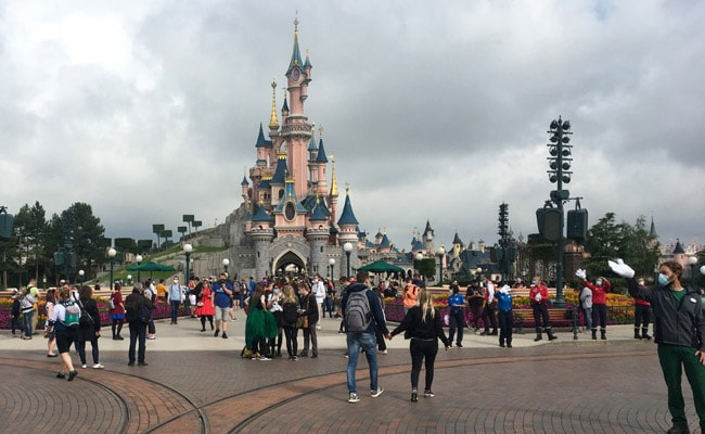 Disneyland Paris Reopens, But Ban On Hugging Famous Characters