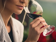 Wine Tasting Basics: How To Taste Wine Like A Sommelier