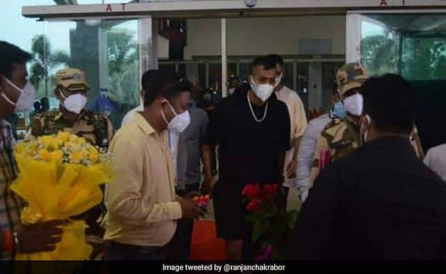 Hardik and krunal Pandya suprise visit to Ranchi to celebrate MS Dhoin birthday