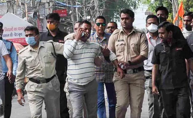 Cop Involved In Encounter Of Vikas Dubey Tests Positive For Coronavirus