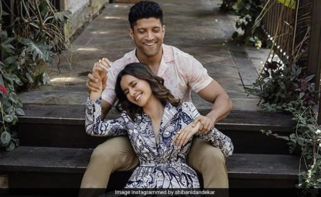 Farhan Akhtar's Comment On Girlfriend Shibani Dandekar's Latest Post Is Couple Goals
