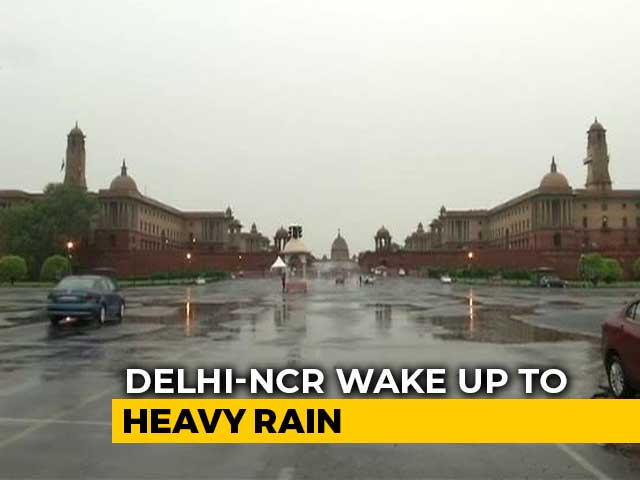Video : Heavy Rain, Thunderstorm In Delhi, Nearby Areas