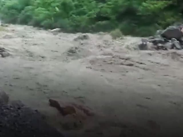 Video : Cloudburst In Uttarakhand's Pithoragarh Leaves 3 Dead | NDTV Beeps