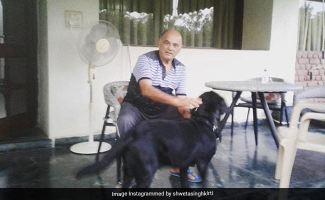सुशांत सिंह राजपूत के पापा के साथ नजर आया एक्टर का डॉगी, बहन श्वेता सिंह कीर्ति ने शेयर की Photo