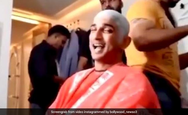 सुशांत सिंह राजपूत का थ्रोबैक Video हुआ वायरल, मेकअप रूम में देव आनन्द के गाने पर क्यूट एक्सप्रेशन्स देते आए नजर