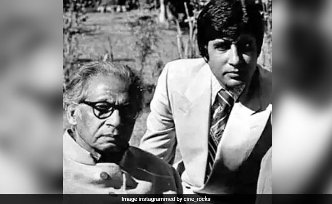 'Am Moved To Tears': Amitabh Bachchan Tweets After Wroclaw University Students Pay Tribute To His Father Harivansh Rai Bachchan