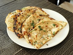 Diabetes Diet: How To Make Diabetic-Friendly Garlic Naan At Home (Recipe Inside)