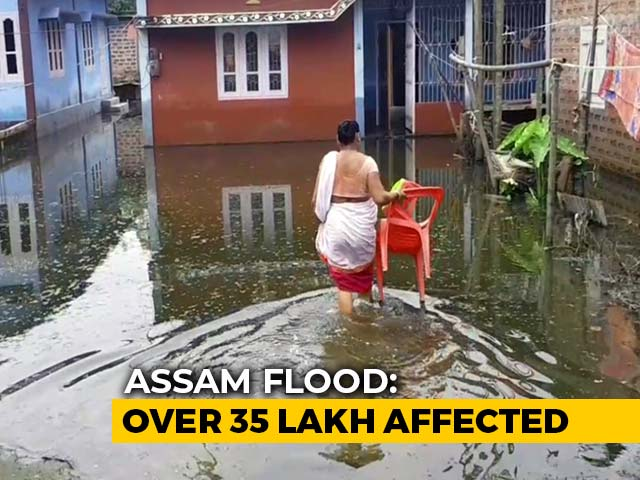 Video : Assam COVID Warriors Also Multitask As Flood Relief Workers Amid Crisis