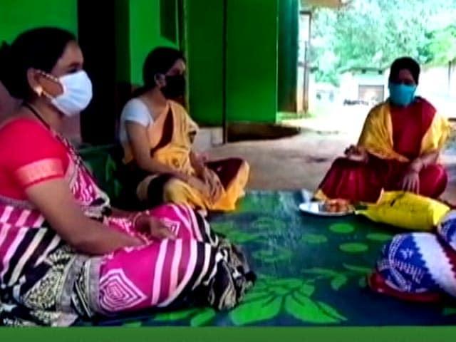 Video : Corona Warriors: Saluting ASHA Didi's And Healthcare Workers