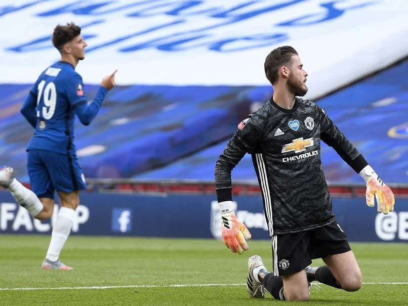 'Strong' De Gea under no extra pressure from Manchester Utd, says Solskjaer