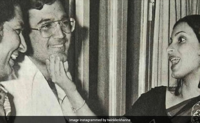 On Rajesh Khanna's Death Anniversary, Daughter Twinkle Shares A Priceless Throwback. No Caption Needed