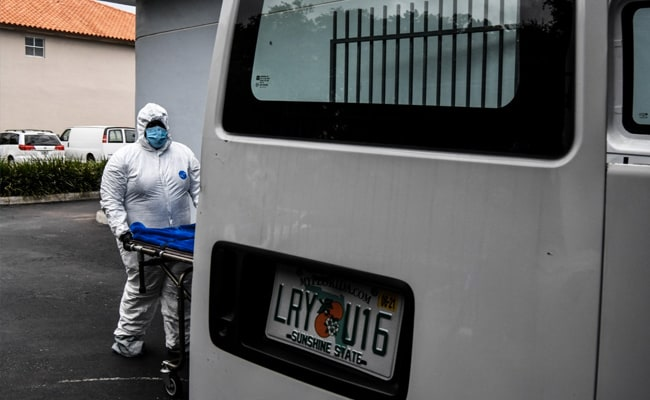 'Pandemic Is Bigger Than We Are': US Funeral Worker On Coping With Deaths