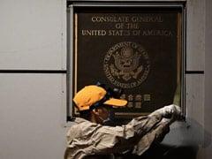 चीन ने चेंगदू के अमेरिकी वाणिज्य-दूतावास से अमेरिकी झंडा हटाया: रिपोर्ट