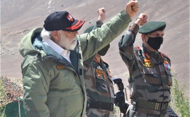 खुफिया एजेंसियों के किसी सीक्रेट मिशन की तरह हुआ पीएम मोदी का लद्दाख दौरा