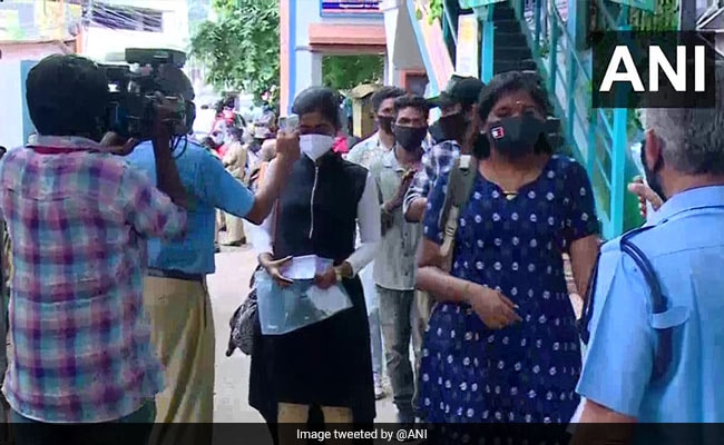 2 Students From Different Entrance Exam Centres In Kerala Test Covid +ve
