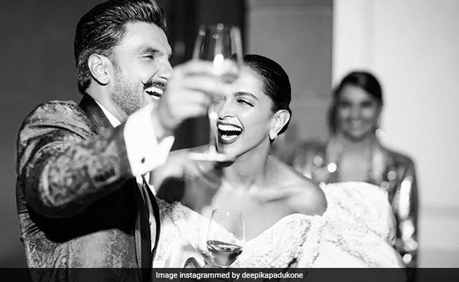 Deepika Padukone's Wish For 'The Centre Of Her Universe' Ranveer Singh Is As Adorable As They Are