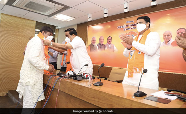 Man Who Led Farmers' Protests Against Bullet Train In Gujarat Joins BJP