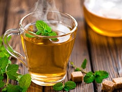 Make Ginger-Tulsi Herbal Tea For Healthy Immunity This Monsoon