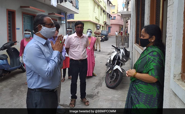 Bengaluru Official Apologises To Family Of COVID-19 Patient Who Died On Road