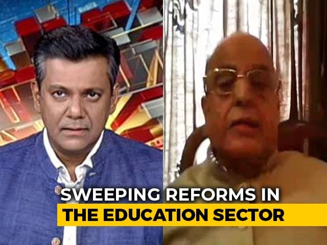 "Video : ""No Compulsion Of Any Language"": Education Panel Chief"