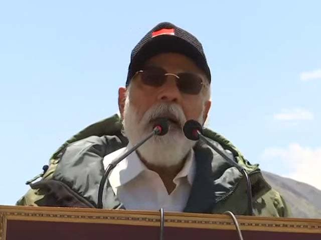 Video : Only The Brave Deliver Peace: PM Modi's Strong Message In Ladakh