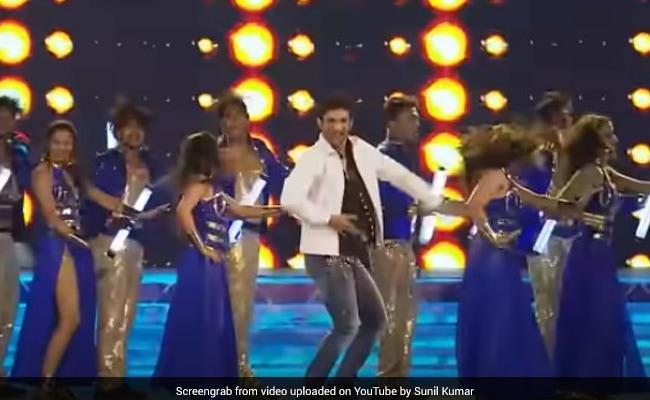 सुशांत सिंह राजपूत ने ऋतिक, शाहरुख और सलमान के गानों पर यूं मचाया था धमाल, देखते रह गए रणवीर सिंह- देखें Video