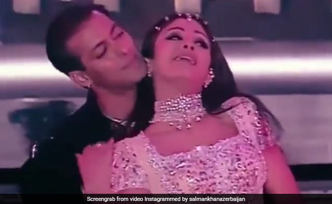 सलमान खान और शिल्पा शेट्टी ने 'चांद छुपा बादल में' पर किया रोमांटिक डांस, केमिस्ट्री देख आप भी कहेंगे Wow
