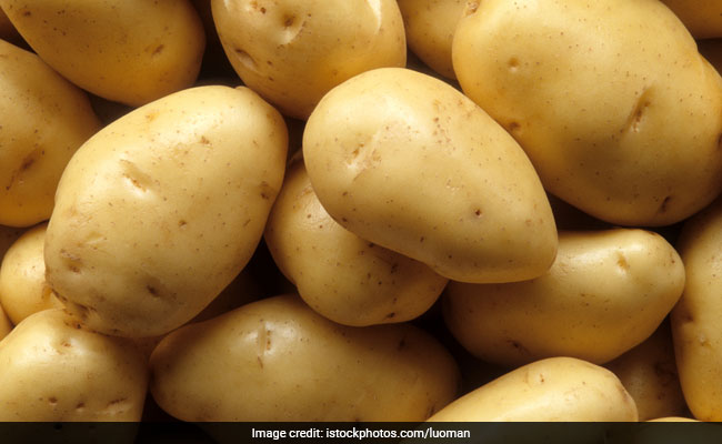 Watch: Celebrity Chef Kunal Kapur Shares Tips On How To Buy The Best Aloo (Potato)