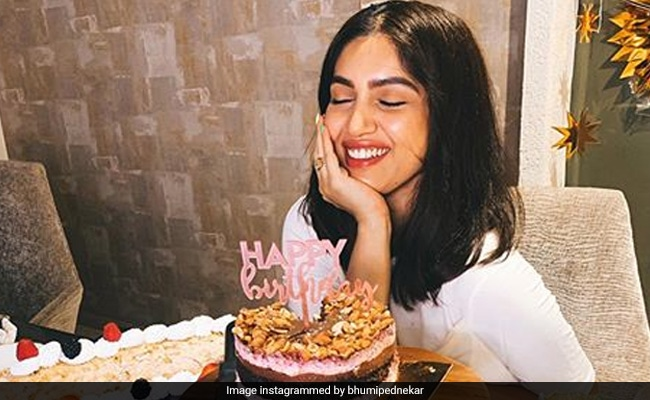 Pics From Bhumi Pednekar's Birthday Celebrations Are All Things Nice