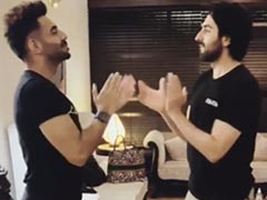 """Ayushmann Khurrana Plays Childhood Game """"<i>Aao Milo</i>"""" With Brother Aparshakti. See Their Hilarious Video"""