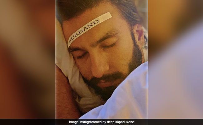 "What Deepika Padukone Did After Ranveer Singh Snoozed The Alarm ""35,000"" Times"
