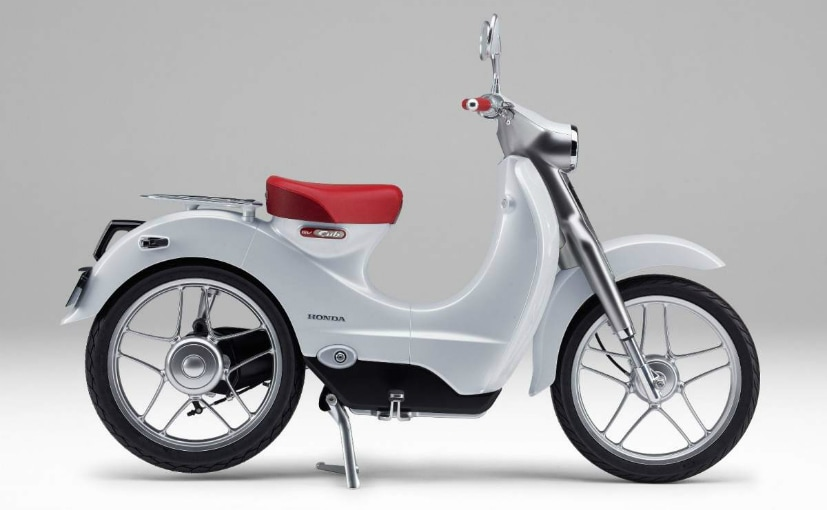 Latest patent images reveal an electric Honda Super Cub with a removable battery