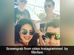 प्रियंका चोपड़ा निक जोनास और सोफी टर्नर के साथ नाव में एंजॉय करती आईं नजर, देखें थ्रोबैक video