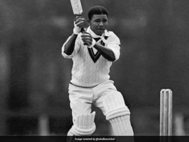 """West Indies Crickets """"Founding Father"""" Everton Weekes Dies, Aged 95"""