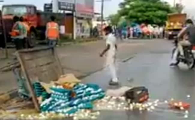 BJP MLA Promises House To Egg Seller Whose Cart Was Overturned