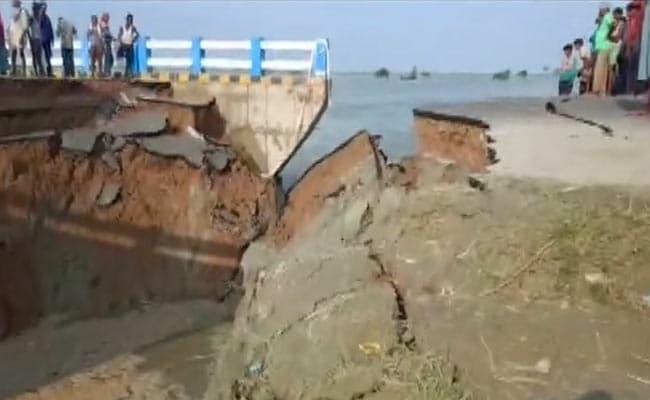 Bridge collapses