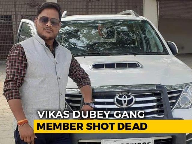"""Video : Wanted Gangster Vikas Dubey's """"Shadow"""" And Closest Aide Shot Dead"""