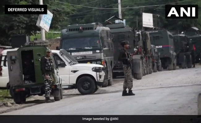 Encounter Breaks Out Between Security Forces, Terrorists In J&K's Tral