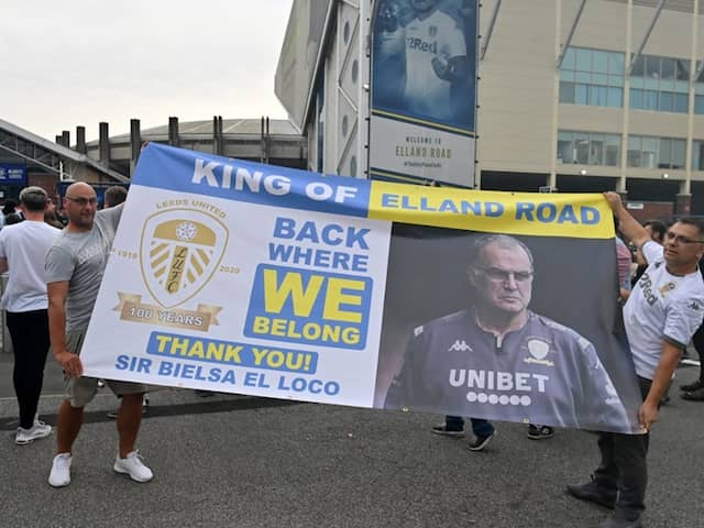 """""""We Are Back"""": Leeds United Promoted To Premier League"""