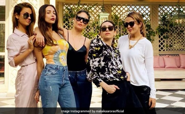 Malaika Arora Shares A Throwback From Her Last Meeting With Kareena-Karisma Kapoor And Friends