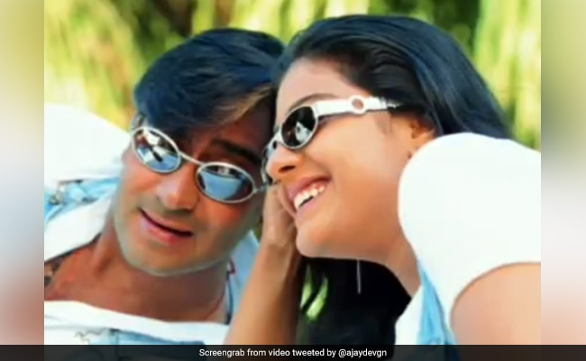"Photo of Ajay Devgn's Cute Post For Kajol Will Make You Say ""Pyaar To Hona Hi Tha"""